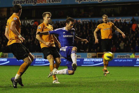 Chelsea se volcó al frente con la necesidad de un gol en escasos minutos...