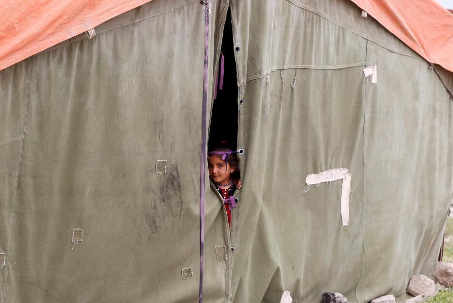 Los niños iraquíes que también huyen de la violencia del Estado Islámico...