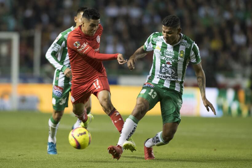 León ruge con fuerza y es líder al derrotar a Toluca 20180113-2800.jpg