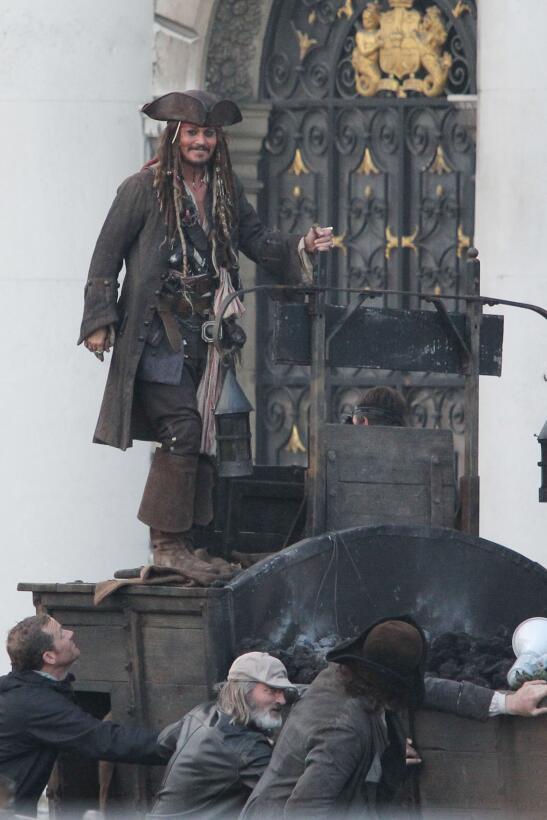 Aunque sus actuaciones en Piratas del Caribe le valieron una nominación...
