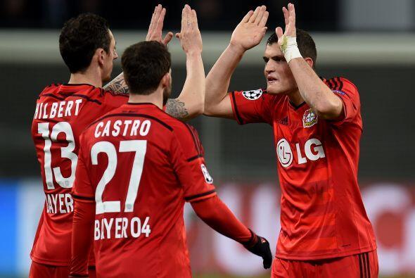En Alemania el conjunto del Leverkusen sacó una ligera ventaja como loca...