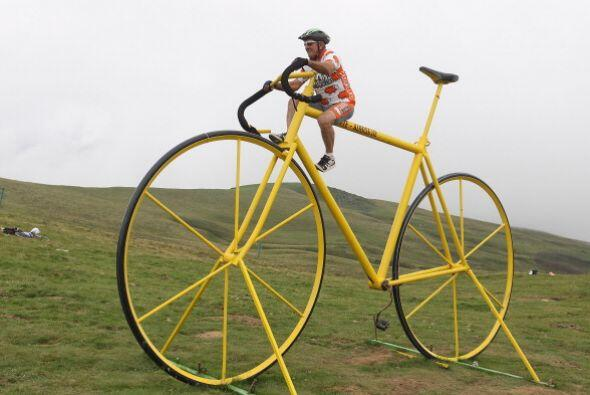 ¿Qué tal esta bicicleta gigante? ¡Está increíble!