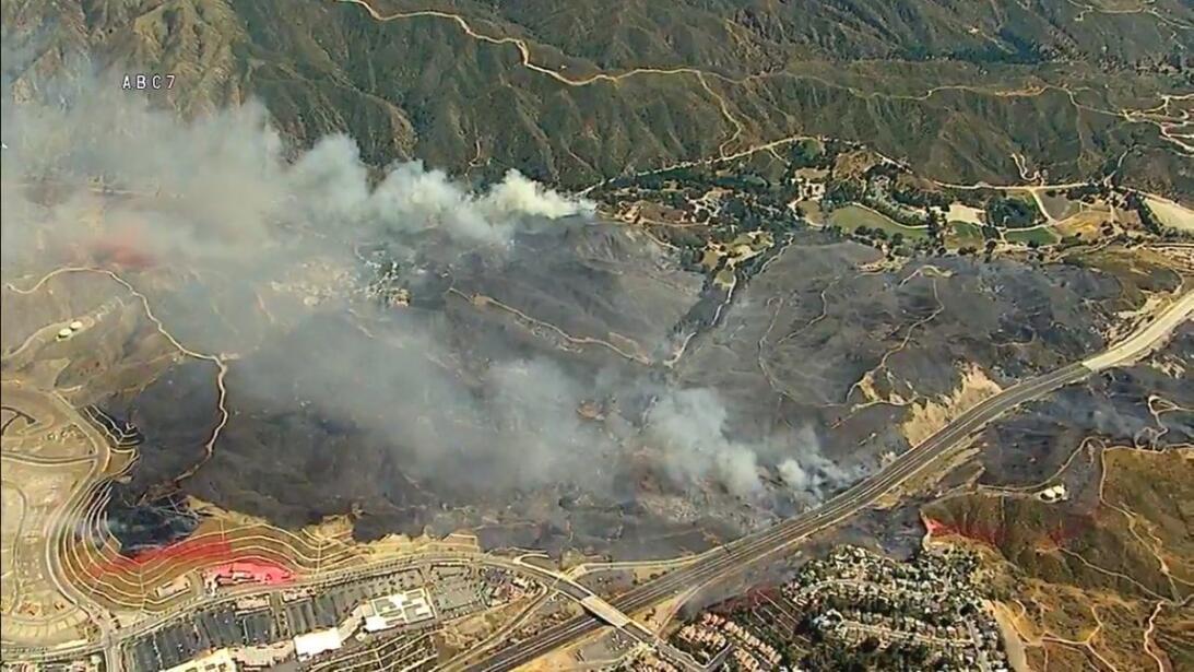 Zona afectada de Santa Clarita por el incendio #PlaceritaFire.
