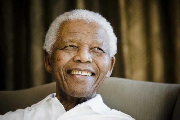 El expresidente sudafricano Nelson Mandela, quien murió tras una...