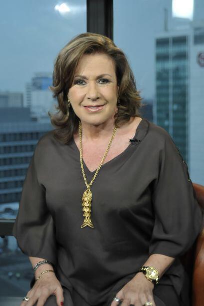 Laura Zapata deseo a Lili y Raúl muchos años más de éxito.