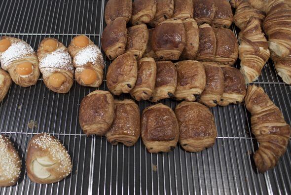 Es conveniente elegir bien el pan. No son recomendables croissants o pan...