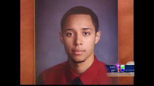 El crimen no tomó vacaciones en Chicago, donde un joven hispano de 19 añ...