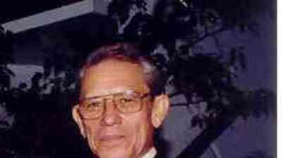 Juan Ortiz Jiménez Primer director de Noticias de WKAQ  radio.