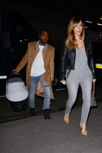 Hace un par de días, Kim volvió a salir con la nena y ahora sí les acomp...