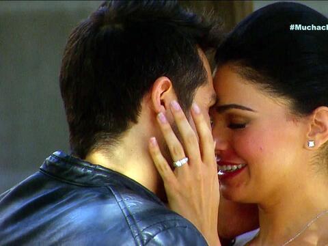 ¡Pedro y Fiorella se van a casar! 156B1B41AE5646D0B6ADEAE02968E805.jpg