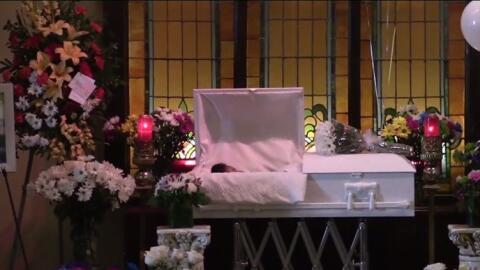 Imagen del funeral de la niña Daleyza Hernández Ávi...