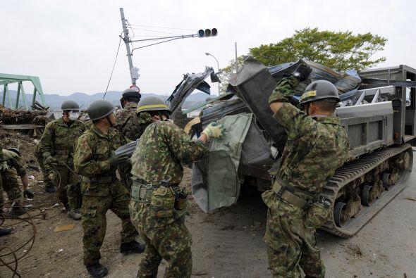 Aquel 11 de marzo, Japón se despertó entre escombros por el terremoto y...