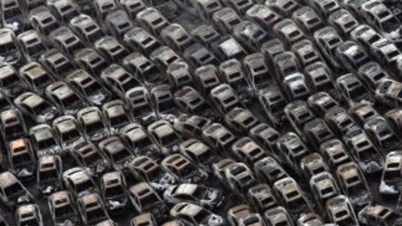 Decenas de miles de autos fabricados en Japón que estaban listos para se...