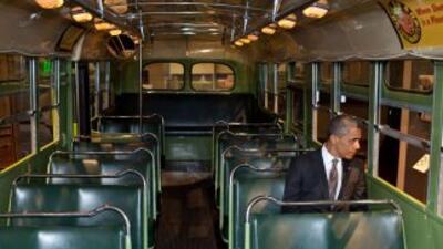 El presidente Barack Obama visitó el autobús donde Rosa Parks protagoniz...