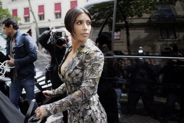 Así lució Kim cuando salió de su hotel en París.