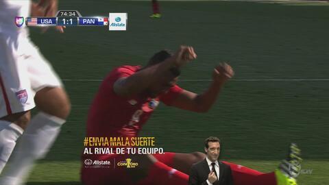 Roberto Nurse se pierde un gol increíble