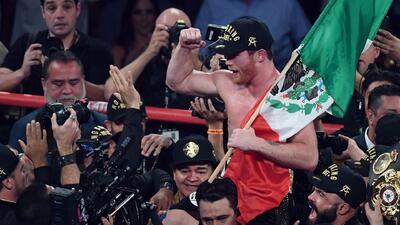 """'Canelo' Álvarez: """"Me siento muy orgulloso de que un mexicano sea el atleta mejor pagado de la historia"""""""