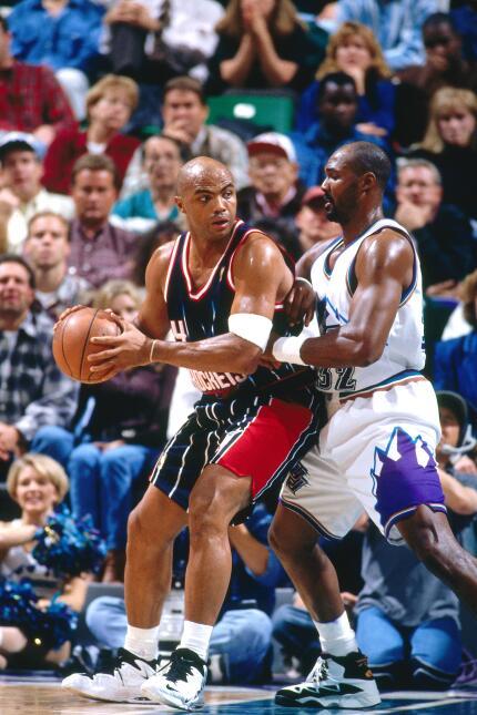 Se convirtió en el cuarto jugador en la historia de la NBA en alcanzar l...