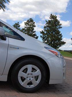 Tiene tres tipos de manejo: EV para bajas velocidades, EcoMode para la c...