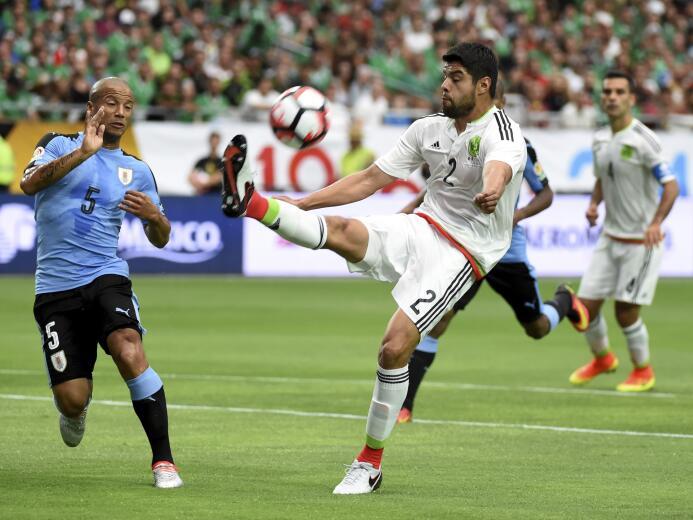 Ranking de los defensas de la Copa América Centenario 02-GettyImages-538...