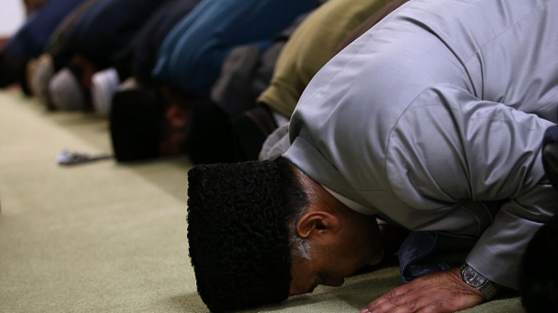 Estadounidense se declara culpable de amenazar con matanza en mezquitas...