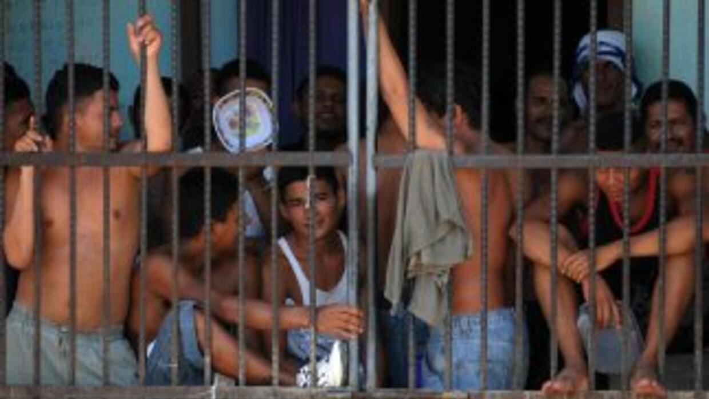 Acorde alarzobispo de Tegucigalpa, las condiciones precarias son el com...