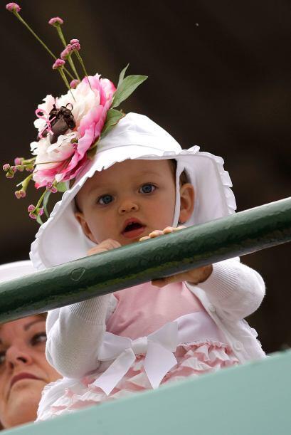 ¡Hasta los bebés llegan muy in al evento!