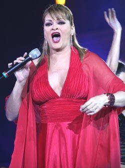 Rocio Banquells inició su participación en Reyes de la Canción con el pi...