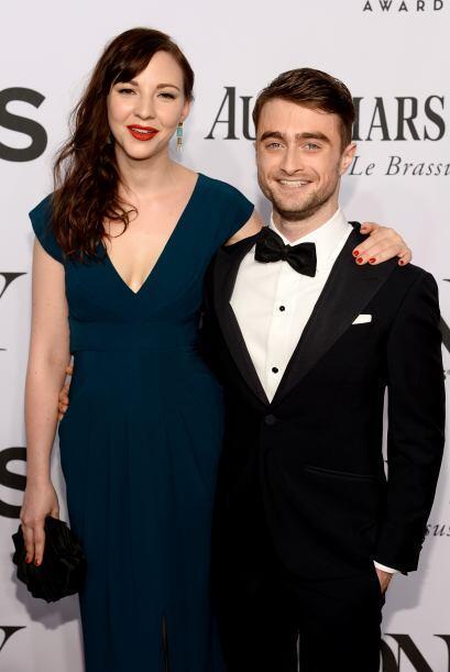Daniel Radcliffe con Erin DarkeMira aquí los videos más chismosos.