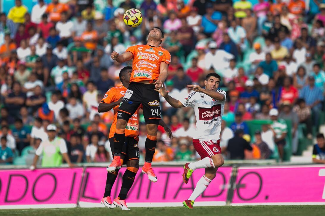 Xolos gana y Jaguares se hunde en el descenso Juan Patino de Jaguares y...