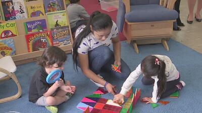 ¿En qué consiste el nuevo programa de educación preescolar anunciado por Rahm Emanuel?