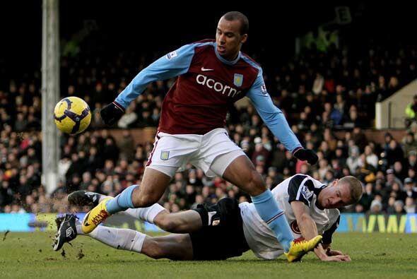 Gabriel Agbonlahor anotó dos veces y el Aston Villa ganó 2-0 al Fulham,...