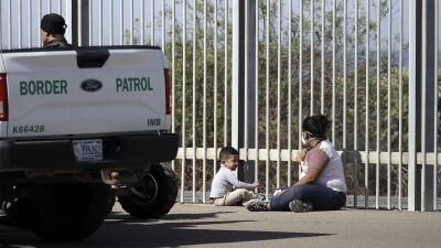 Trump separó en la frontera a miles de niños más de lo reconocido, según reporte del gobierno