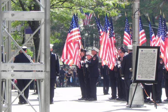 Bomberos del 9/11 honrados en San Patricio 521c9a5cba8346629135cbae999e4...