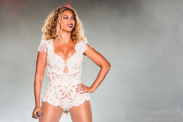 9. Beyoncé. La estrella internacional sumó a su bolsillo este año unos 5...