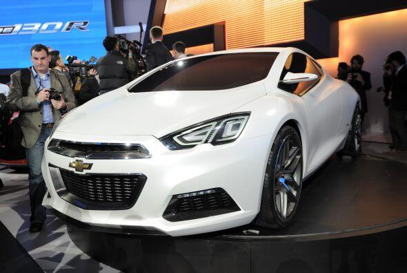 Chevrolet Tru 140S Concept:Está construido con la plataforma del Cruze p...