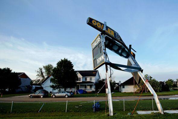 En total fueron cinco tornados los que golpearon el territorio de Illinois.