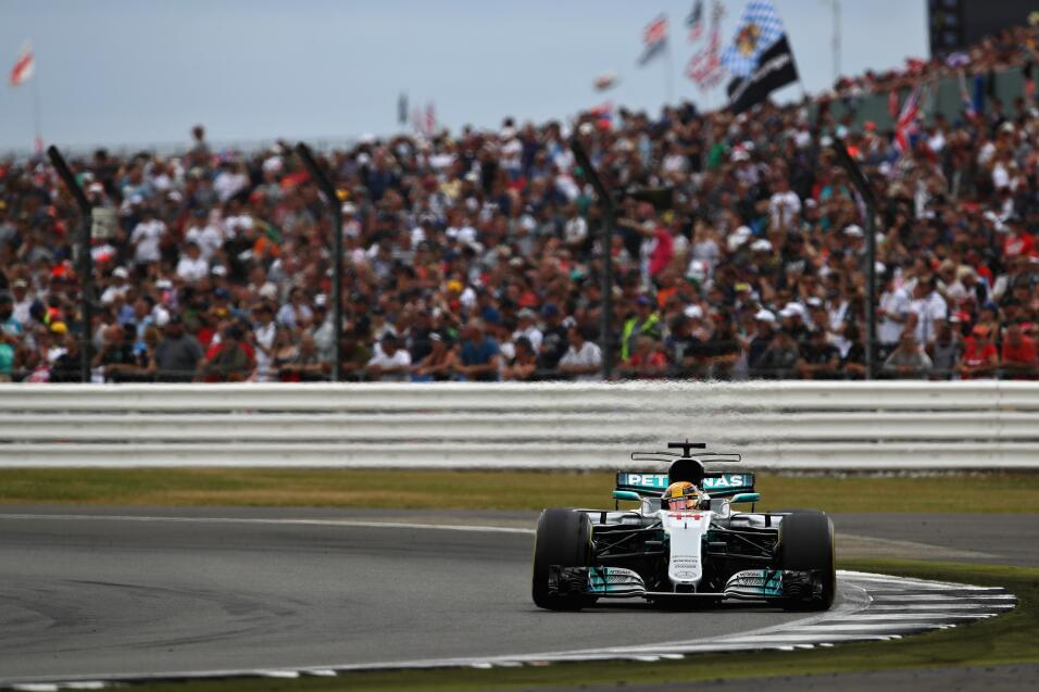 Lewis Hamilton gana por cuarta vez consecutiva el GP de Gran Bretaña Lew...