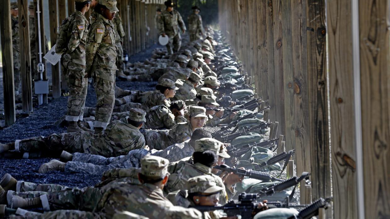Entrenamiento con reclutas del Ejército estadounidense.