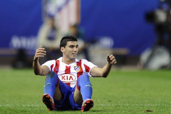 Y en un movimiento netamente español, José Antonio Reyes no ha podido co...