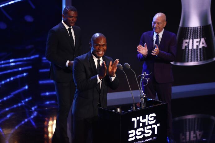 Premio al Fair Play (2017): Francis Kone (1. FC Slovácko), por salvarle...
