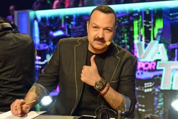 Pepe Aguilar llega para recordarnos que los temas de telenovela se le da...