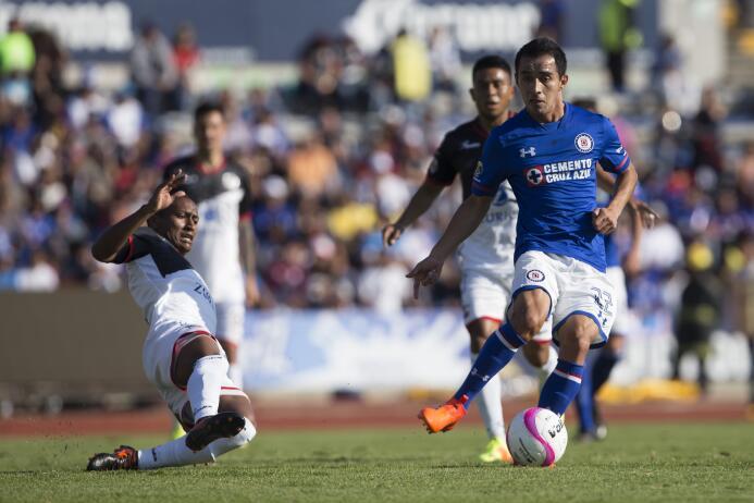 En fotos, Lobos BUAP goleó 3-0 a Cruz Azul en la Liga MX  20171020-5170.jpg