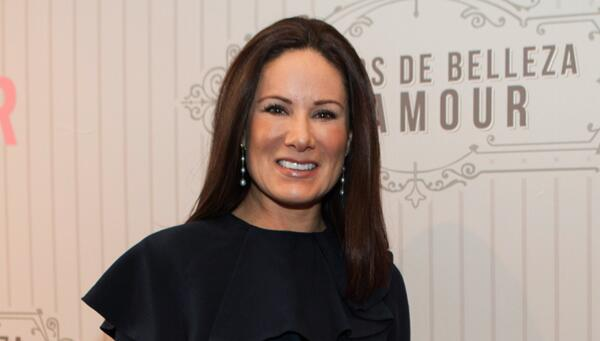 Gloria Calzada