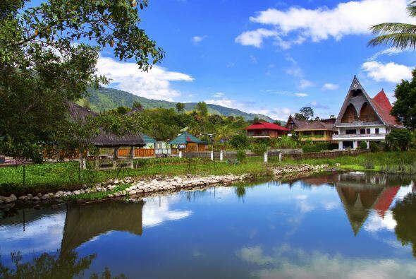 Sumatra (Indonesia)    Aparte del tsunami que arrasó con gran parte de l...