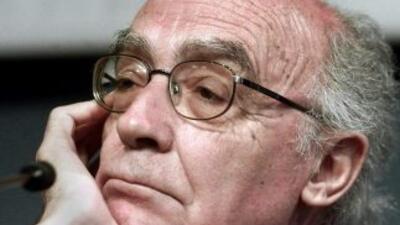 Las cenizas del novelista portugués José Saramago fueron depositadas est...