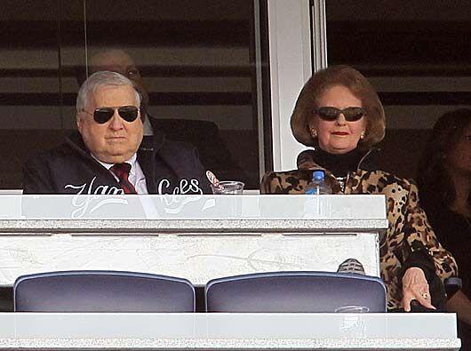 El jefe George Steinbrenner y su esposa Joan, no podían faltar.