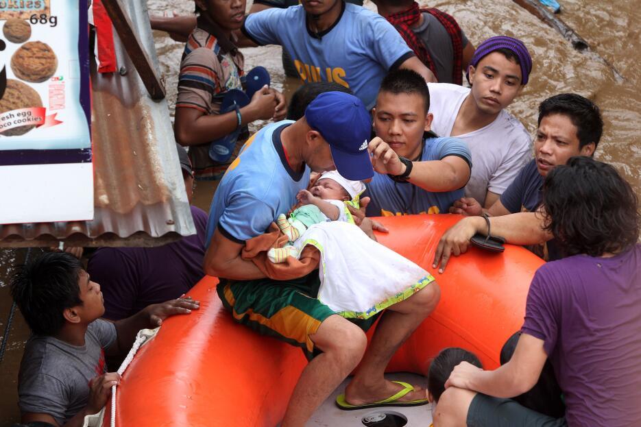 En fotos: Más de 200 muertos y decenas de desaparecidos por la tormenta...