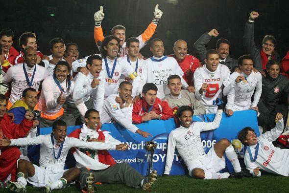 Nuevamente la Copa la ganó un equipo de Sudamérica, el Inter superó por...