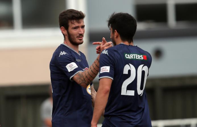 Auckland City [4]-0 Wellington Phoenix: el joven mediocampista Fabricio...